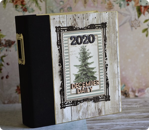 December_Daily_scrapbooking-album_2020_1
